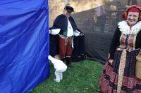 Honza Krejčí dělal ochotného šatnáře a připravil si speciální zástěnu