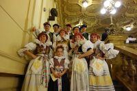 Hanáci Praha – foto na schodech
